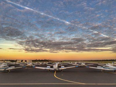קורס טיס אזרחי בארה״ב – חלק א׳, או: איך לזרוק קריירה יציבה ולשרוף $60,000 בשנה